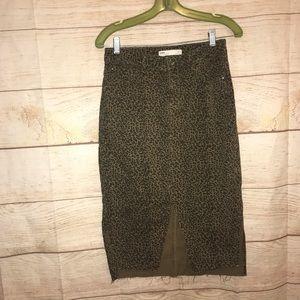 Zara women's size medium leopard print jean skirt